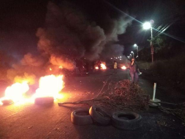 Barricadas en carretera de Chamelecón